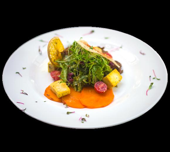 Теплый салат с телятиной, картофелем и сыром. Доставка в Киев. Заказ меню. Ирпень, Буча, Гостомель, Ворзель